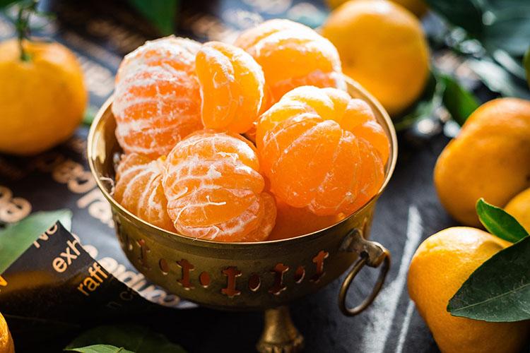 Vitamina C contro i malanni di stagione: quanto c'è di vero?